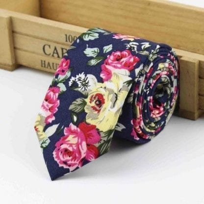Mens Skinny Cotton Woven Floral Neck Tie in Navy